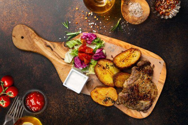 ceafa de porc cartofi rozmarin