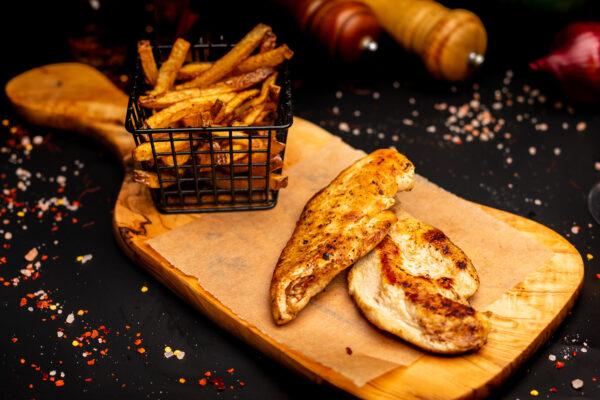 Piept de pui la grătar & cartofi pai proaspeți – 350 gr 2