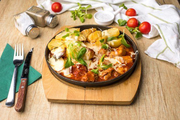 Tigaie picantă + cartofi cu rozmarin